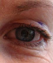Vrouw, 48 jaar voor de ooglidcorrectie